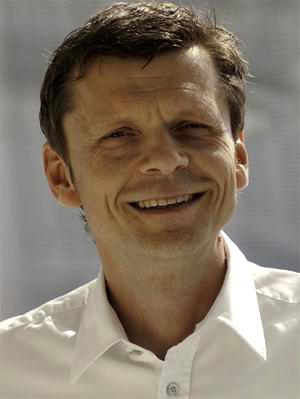 Uwe Knaus (Daimler Blog) über positive Diskussionskultur in Corporate Blogs