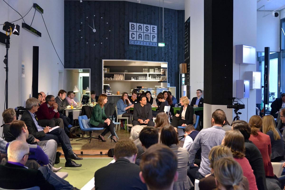 UdL Digital Talk mit Gesche Joost und Lena-Sophie Müller