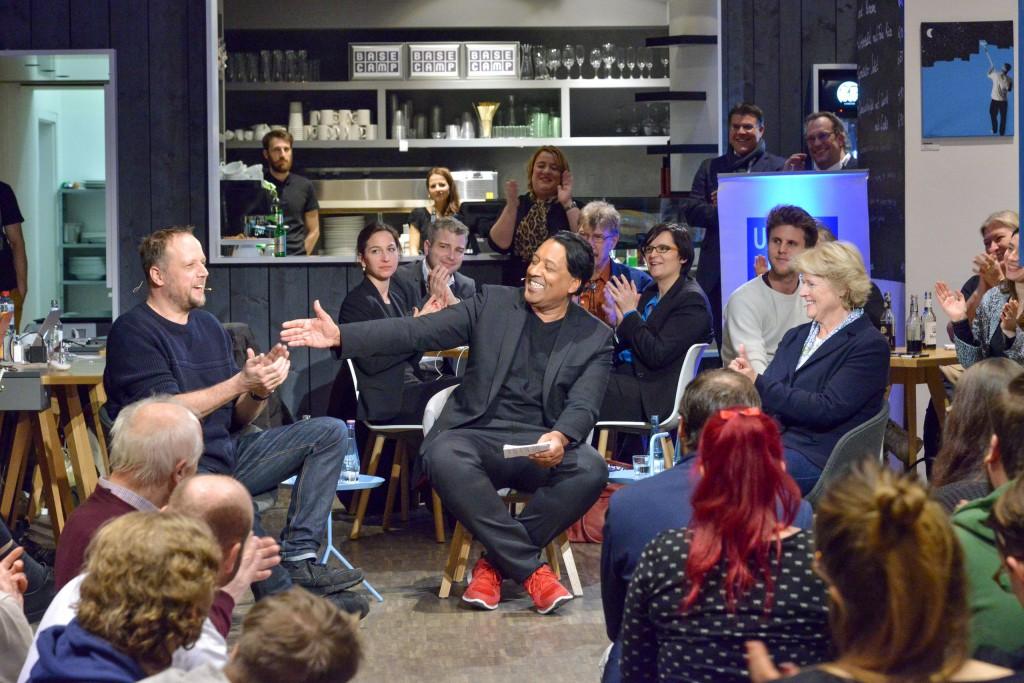 """Cherno Jobatey diskutiert mit Monika Grütters und Smudo zum Theman """"Wieviel Digitalisierung verträgt die Kultur?"""""""
