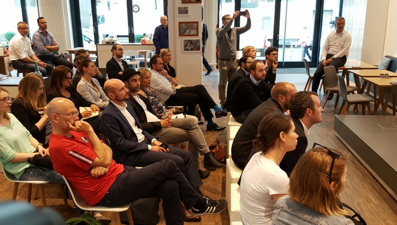 Publikum beim ersten Arbeitskreistreffen der DPRG im Telefónica BASECAMP