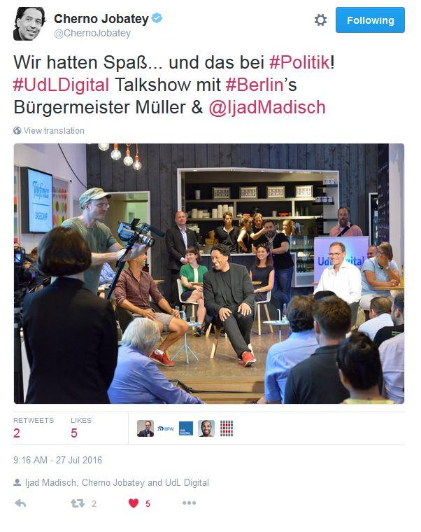 Cherno Jobatey twittert über den UdL Digital Talk