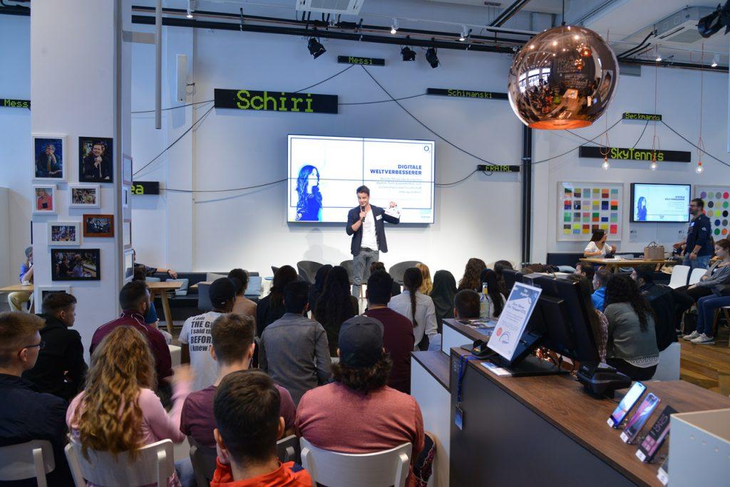 Welche Möglichkeiten bieten digitale Tools Jugendlichen, sich zu beteiligen u. Gesellschaft mitzugestalten?