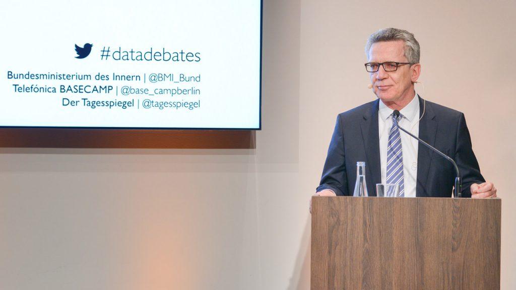 Data Debates 1 Dr. Thomas de Maizière