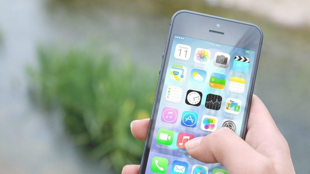 Pixabay-iphone-410311-smartphone-1280x720
