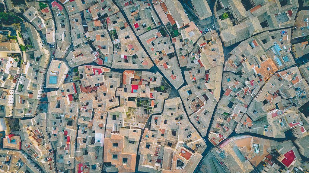unsplash Stadt Straße Netzwerk Surreal