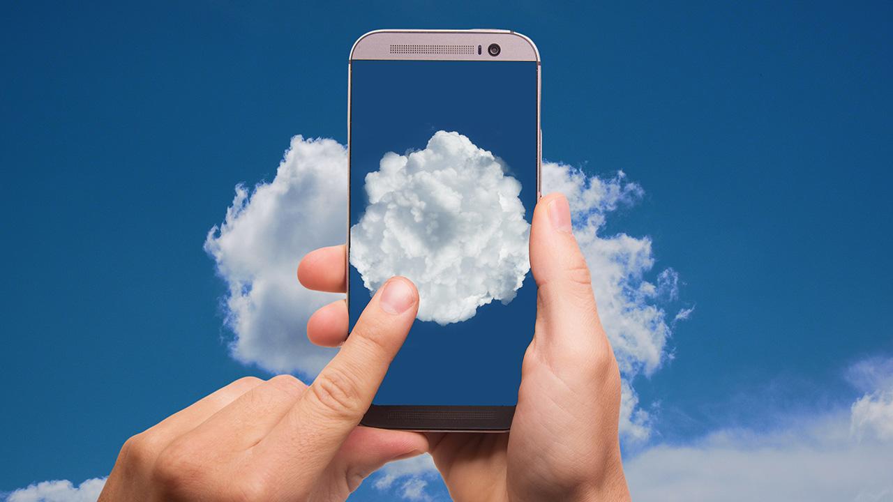 pixabay Smartphone Himmel Wolke Hand
