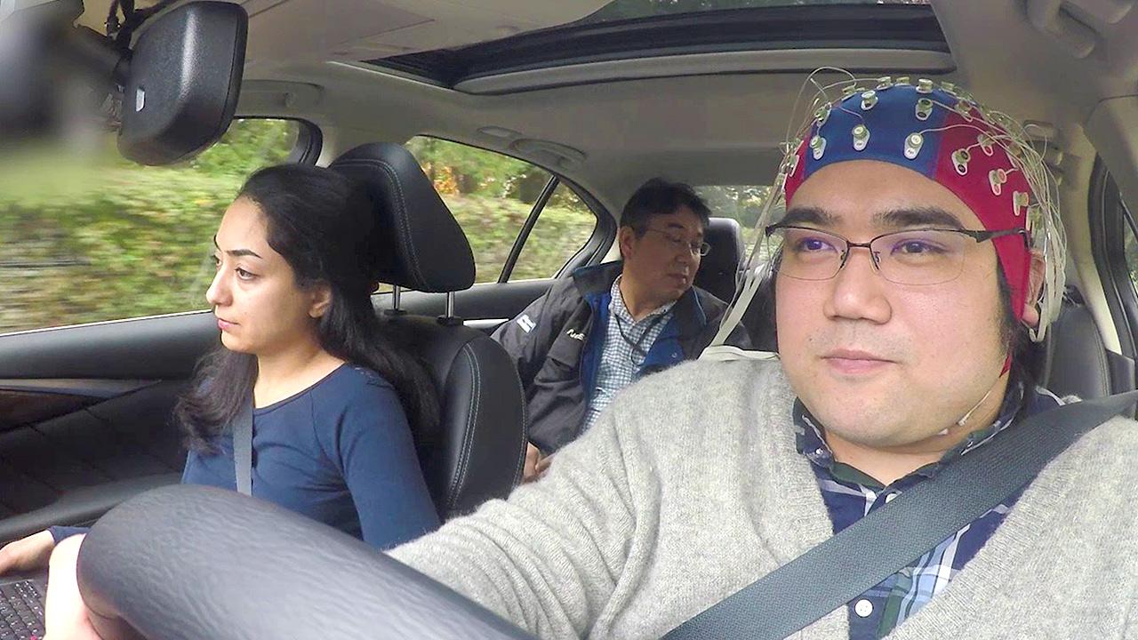 Nissan-Pressefoto-426213429_Brain_to_Vehicle_Technologie-1280x720