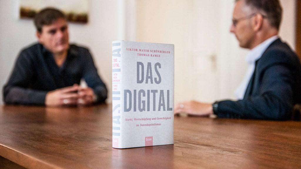 Das Digital (Buch). | Foto: Peter van Heesen