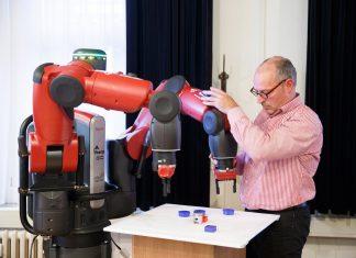 Robot-Work-1500x984