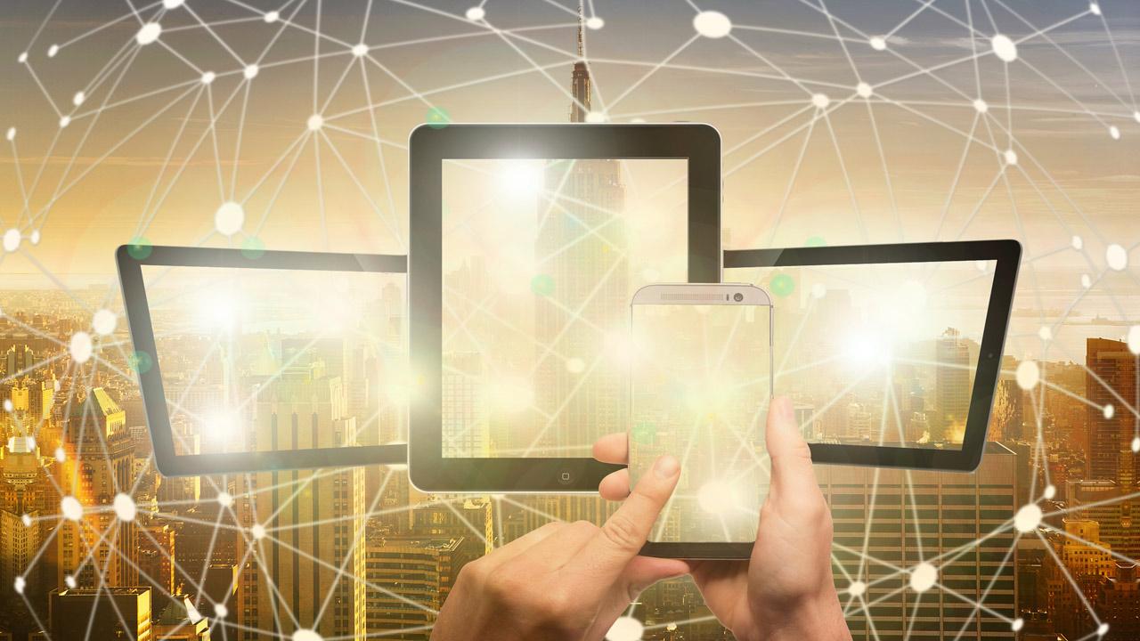pixabay-geralt-blockchain-smartphone-steuerung-3569793-1280x720