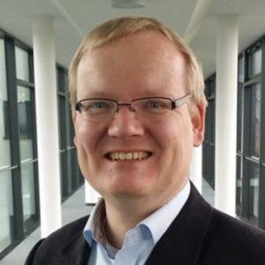 Dr. Helge Erik Lüders