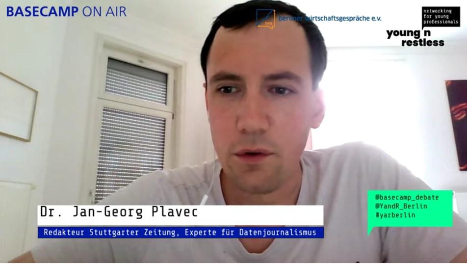 Screenshot der Veranstaltung: Dr. Jan-Georg Plavec, Redakteur bei Stuttgarter Zeitung und Experte für Datenjournalismus