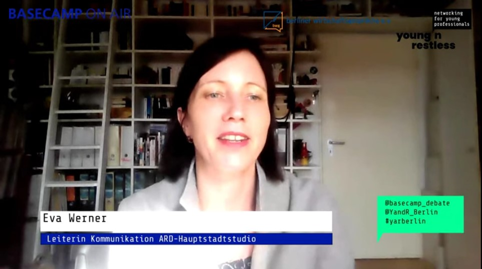 Screenshot der Veranstaltung: Eva Werner, Leiterin Kommunikation bei ARD-Hauptstadtstudio
