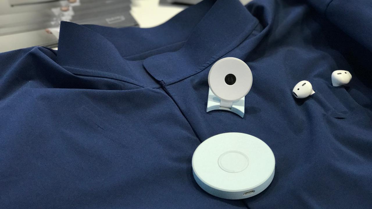 Smart Shirt von Colorfy: Mit Kamera, Kopfhörern und Geeny Connect Box. Foto: MOG